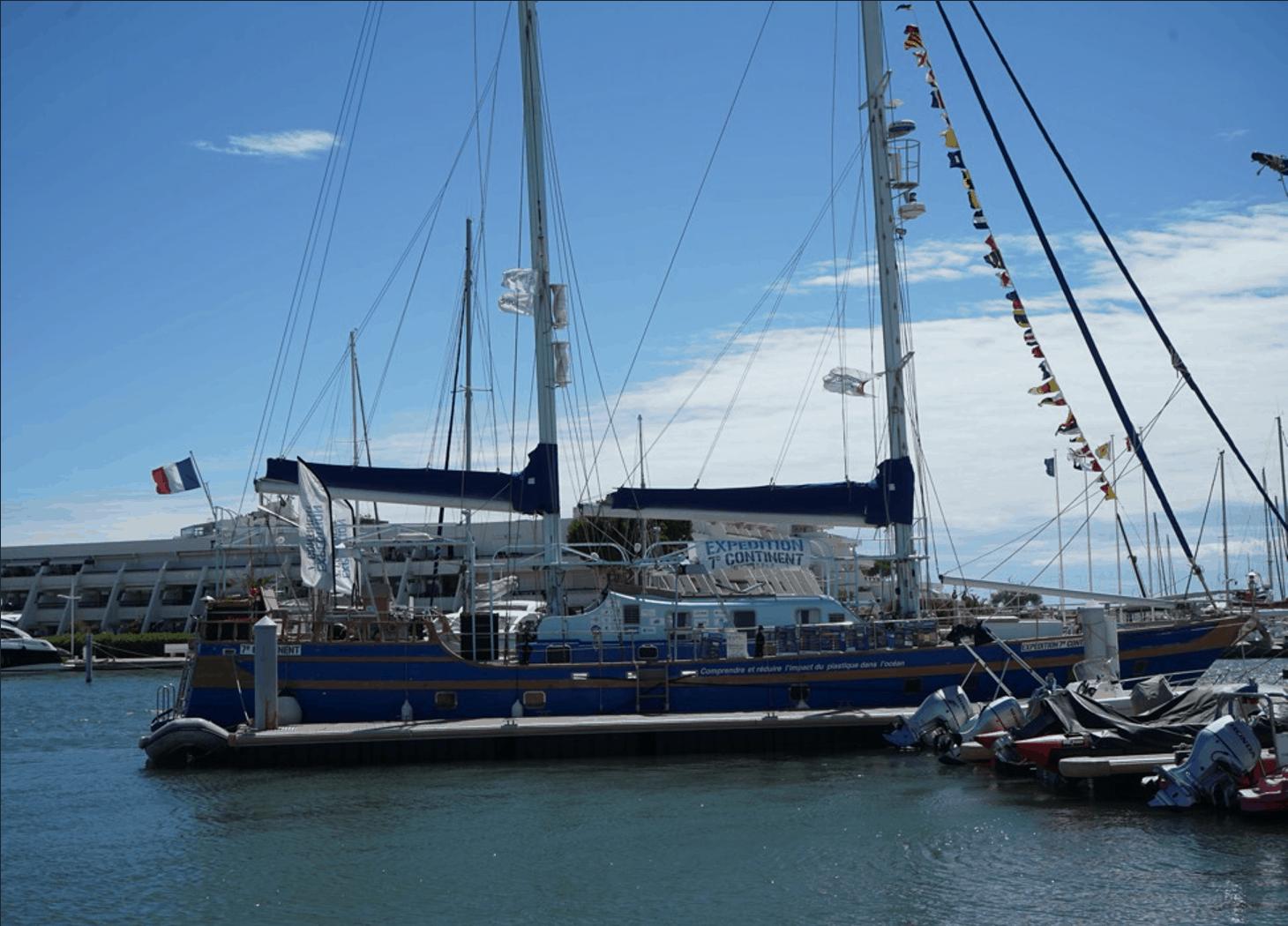 Eolienne silencieuse pour bateau